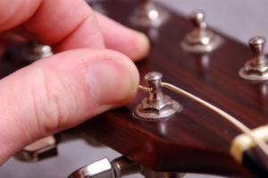Changer cordes de guitare - Etape 13bis