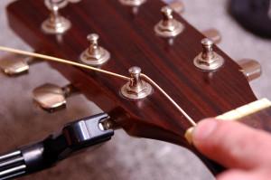 Changer cordes de guitare - Etape 14