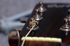 Changer cordes de guitare - Etape 19