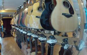 Comment choisir une guitare acoustique ?
